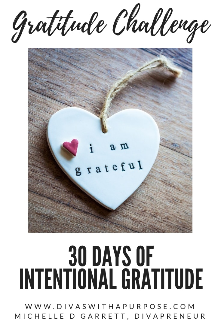 A simple and fun 30 day gratitude challenge to help us to establish a habit of being intentionally grateful in our daily routines. #thankfulthursday #gratitudechallenge